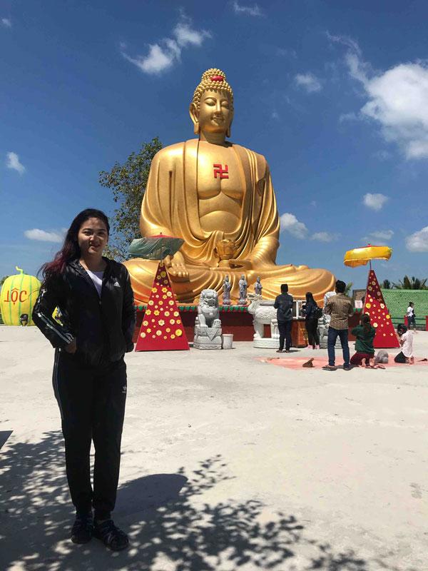 Chùa Phật Học 2,5km